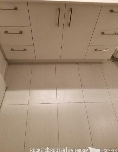 Tub_to_Shower_Conversation_Winnipeg_Rocketrooter_Bathroomexperts_06